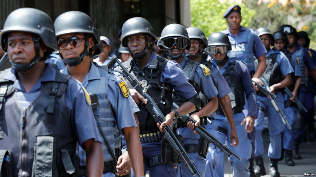<a class=&quot;amazingslider-posttitle-link&quot; href=&quot;https://byusmedia.fr/violences-policieres-quen-est-il-de-lafrique/&quot;>Violences policières : qu&#39;en est-il de l'Afrique ?</a>